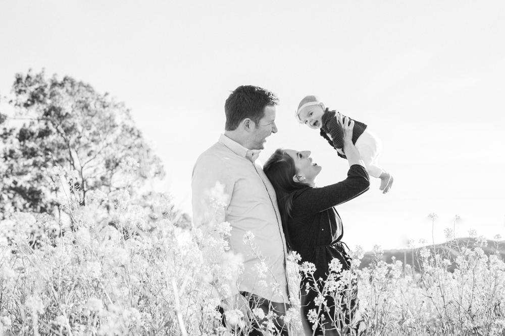 Sonoma_Mustard_Family_Portraits_JessamynHarris_CX1B8141-2
