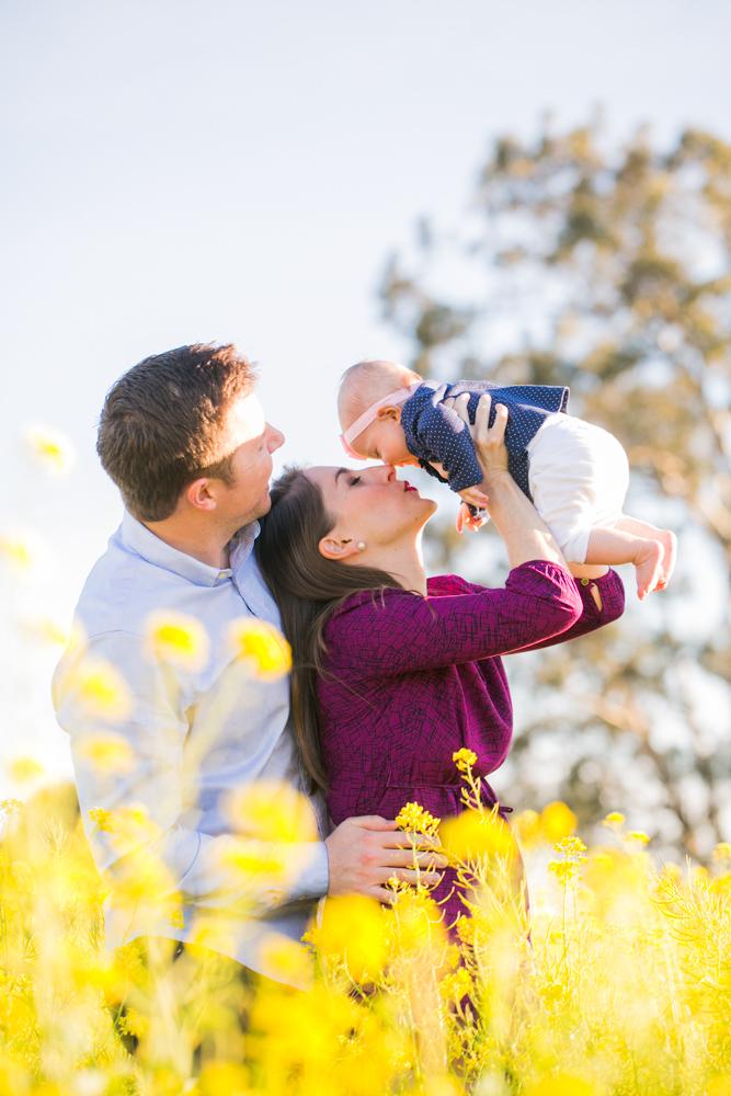 Sonoma_Mustard_Family_Portraits_JessamynHarris_CX1B8304